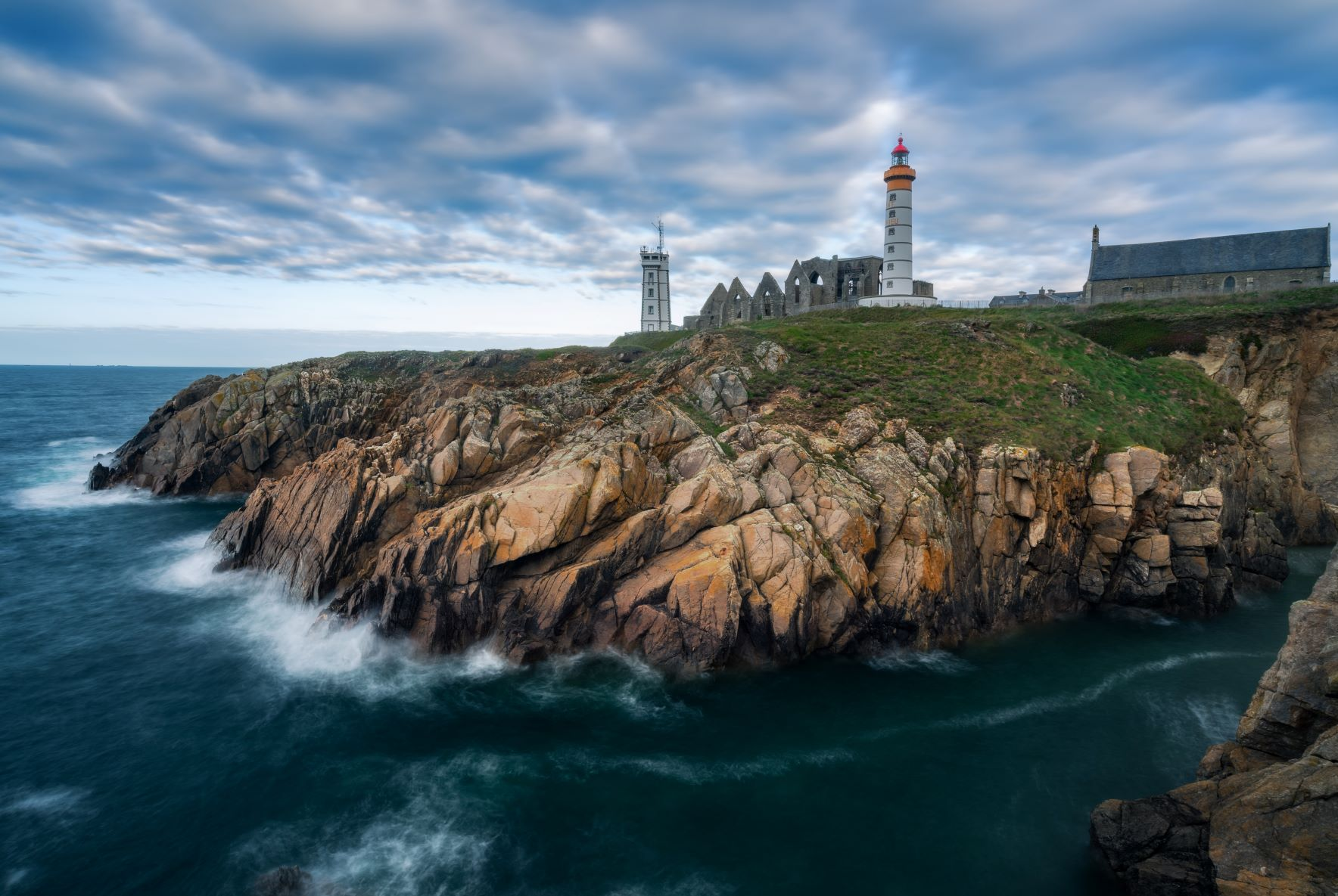 Bretagne pays d'Iroise phare de Saint Mathieu